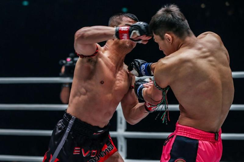 Nong-O-Gaiyanghadao-VS-Saemapetch-Fairtex-at-ONE-EDGE-OF-GREATNESS-DUX-2192.jpg