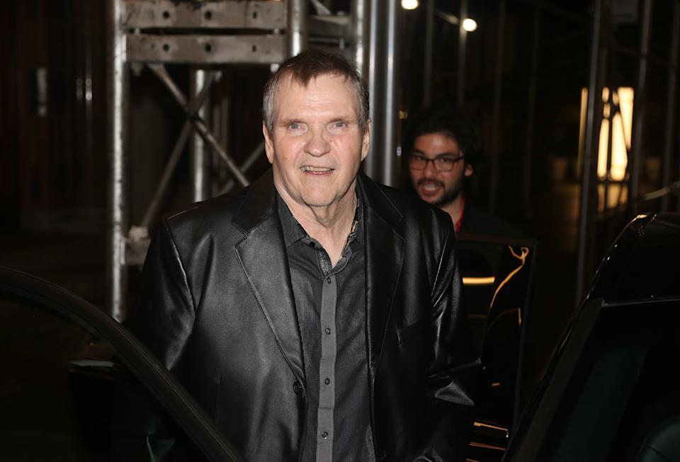 NEW YORK, NEW YORK - AUGUST 20: Meat Loaf visits the cast of the musical