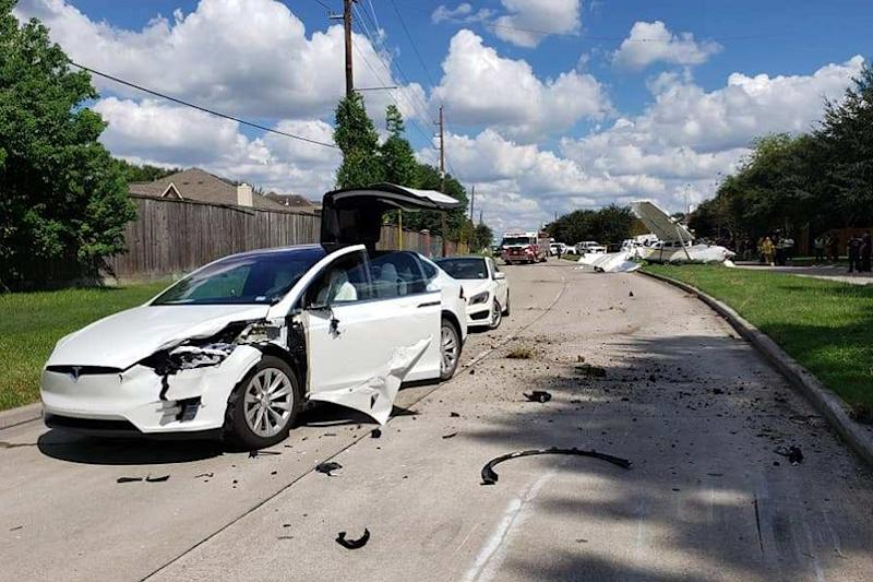 Indian Origin Tesla Model X Owner Escapes Unhurt After Plane Crashes on Electric SUV