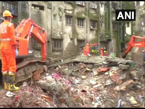National Disaster Relief Force team present at the Bhiwandi building collapse site. (Photo/ANI)