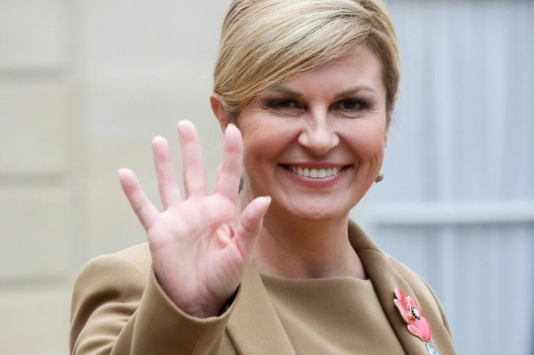 Analysts say Kolinda Grabar-Kitarovic's re-election depends on whether she can win over right-wing voters who rallied around a nationalist folk singer in the election's first round in December