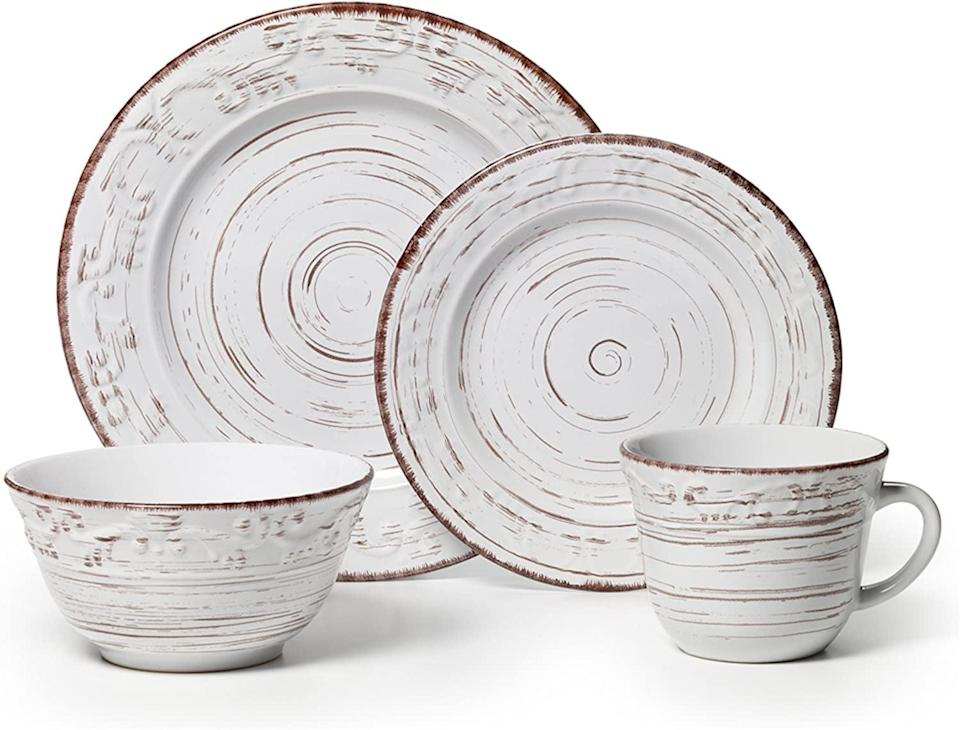 <p><span>Trellis White 16-Piece Dinnerware Set</span> ($35, originally $56)</p>