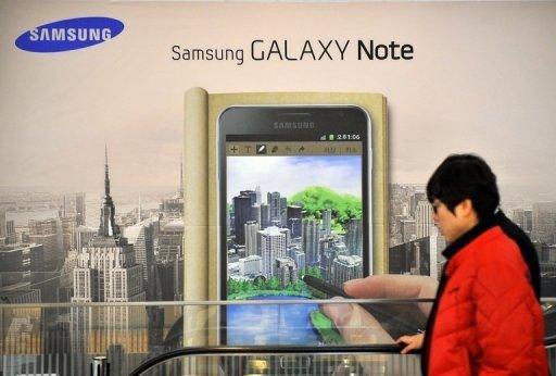 A signboard of Samsung Electronics' smartphone 'Galaxy Note' is seen at a showroom of its headquarters in Seoul, in January. Samsung reported a record net profit of 5.05 trillion won ($4.44 bln) in the first quarter, thanks largely to strong smartphone sales