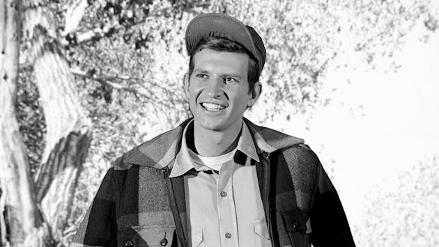 Tom Lester Dies: 'Green Acres' Actor Was 81