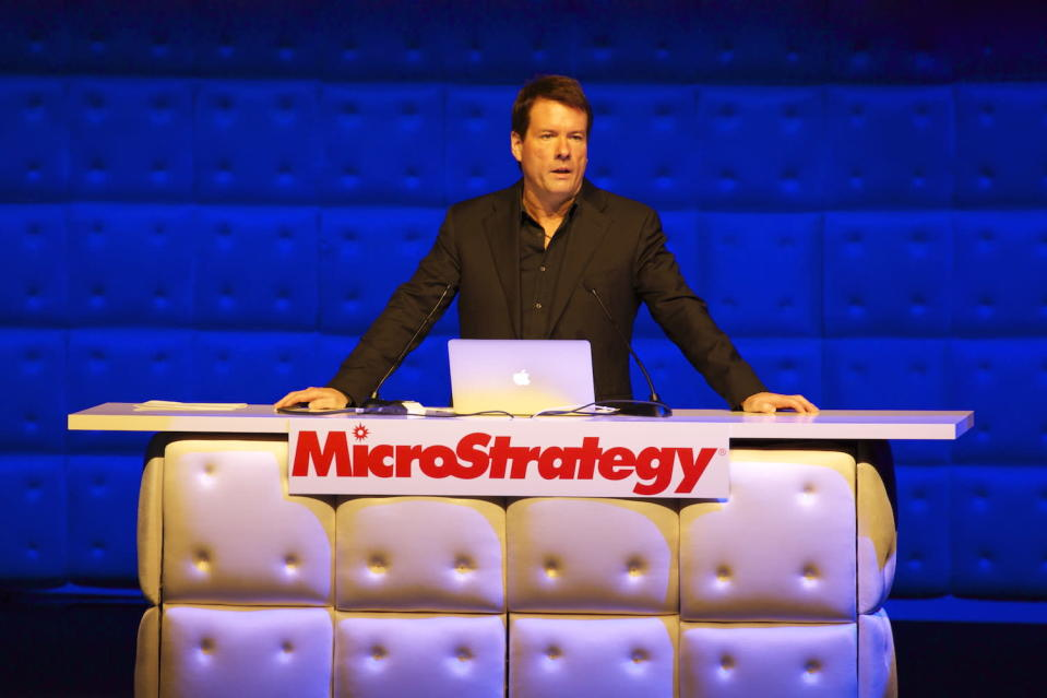 MicroStrategy to pay in Bitcoin