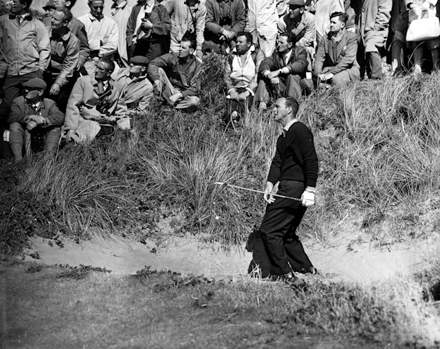 <p>Arnold Palmer plays a shot from a fairway bunker in July, 1961. (Photo by Bob Thomas/Getty Images) </p>