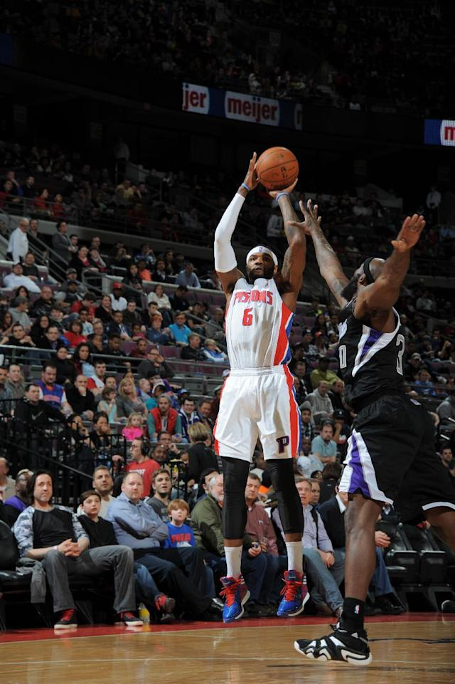 AUBURN HILLS, MI - MARCH 11: Josh Smith #6 of the Detroit Pistons shoots the ball against the Sacramento Kings during the game on March 11, 2014 at The Palace of Auburn Hills in Auburn Hills, Michigan. (Photo by Allen Einstein/NBAE via Getty Images)