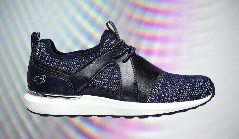 The perfect navy sneakers. (Photo: Amazon)