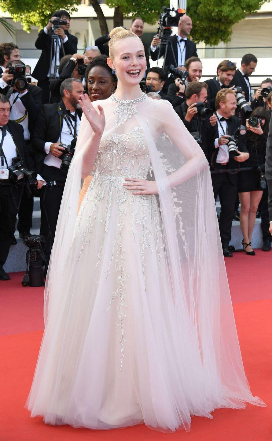 <p>Elle Fanning in Ralph & Russo </p>