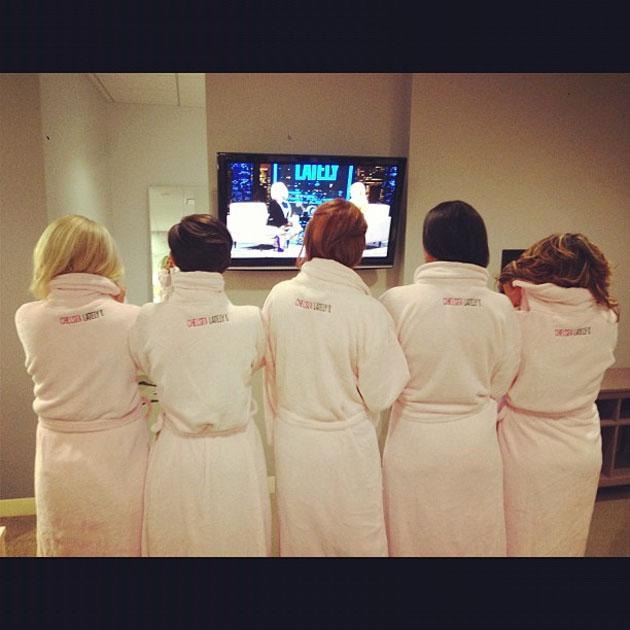 Celebrity Twtipics: The Saturdays have been on a massive promotional tour of America over the past week. Member Una Healy tweeted this photo of the girls before they appeared on talk show, Chelsea Lately.