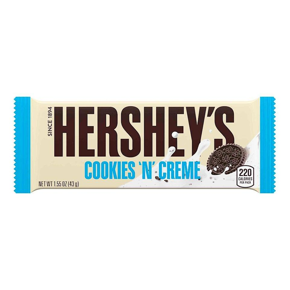 <p>A white chocolate bar with tiny cookie crumbles inside, this was a new candy bar that felt richer and creamier than its milk chocolate counterparts. It was considered a major innovation for Hershey's.</p>