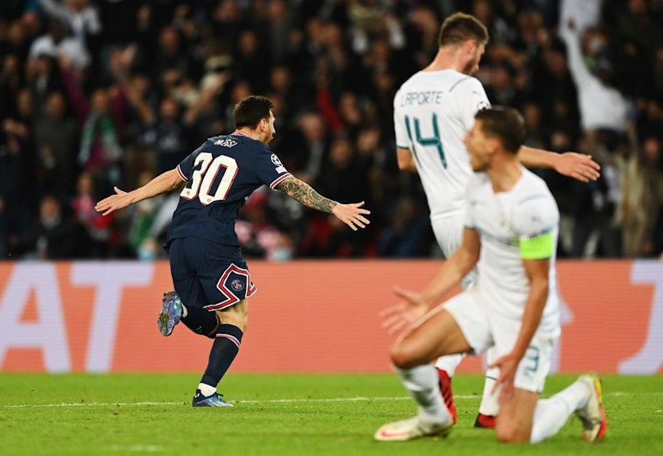 Lionel Messi celebrates after scoring PSG's second goal (Getty Images)