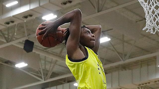 The freshman, who was a top-15 recruit for the the 2018 class, suffered a meniscus injury.