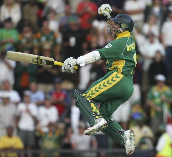 JOHANNESBURG, SOUTH AFRICA - MARCH 12:  Mark Boucher of South Africa celebrates the winning runs during the fifth One Day International between South Africa and Australia played at Wanderers Stadium on March 12, 2006 in Johannesburg, South Africa.  (Photo by Hamish Blair/Getty Images)