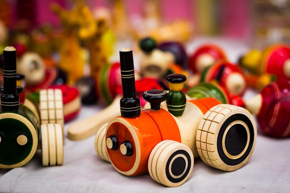 The toy manufacturers in India are mostly located in NCR near Delhi, Maharashtra, Karnataka, Tamil Nadu and clusters across central Indian states. Maharashtra currently represents the largest market