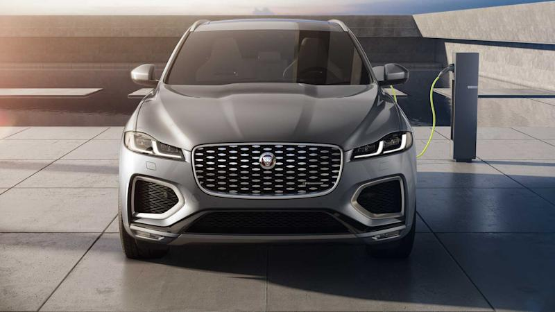 Jaguar F-Pace (2021): Die Plug-in-Version P400e an der Zapfsäule