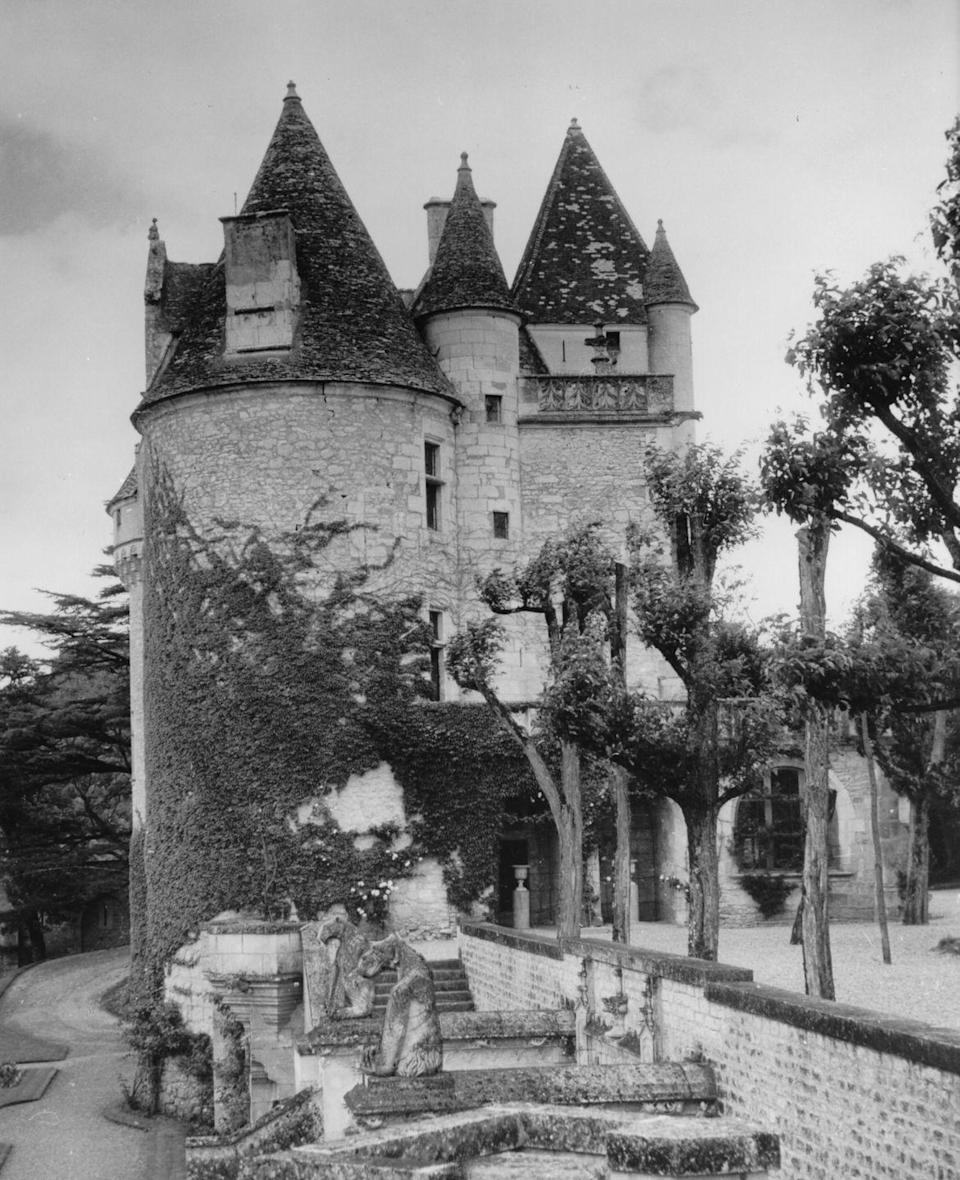 """<p>After becoming one of the highest-paid entertainers in France during the '20s and '30s, Josephine Baker used her fortune to buy the Château des Milandes in the French countryside. She <a href=""""https://www.departures.com/travel/black-book/josephine-baker%E2%80%99s-french-ch%C3%A2teau"""" rel=""""nofollow noopener"""" target=""""_blank"""" data-ylk=""""slk:purchased the estate in 1947"""" class=""""link rapid-noclick-resp"""">purchased the estate in 1947</a> and married her fourth husband, Jo Bouillon, in the property's chapel later that year.</p>"""