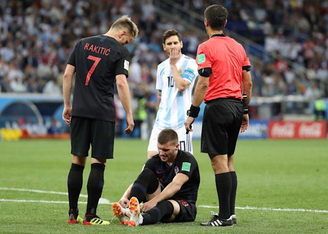 Soccer Football - World Cup - Group D - Argentina vs Croatia - Nizhny Novgorod Stadium, Nizhny Novgorod, Russia - June 21, 2018 Croatia's Ante Rebic goes down after sustaining an injury REUTERS/Lucy Nicholson