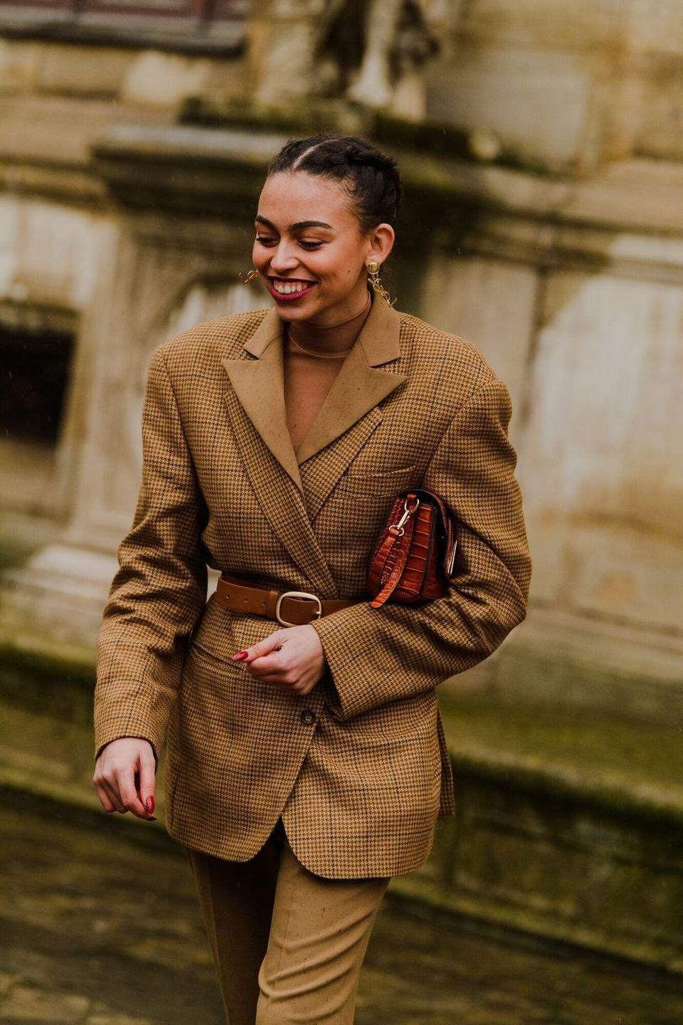 <p>Tucked under your arm, or worn as a cross-body, a rich leather brown bag in just the right size feels both right now, and forever. </p>
