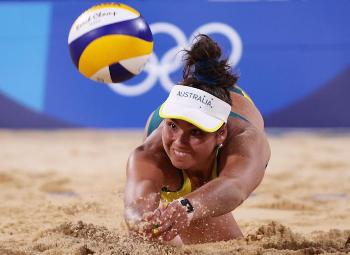 <p>Australia's Mariafe Artacho del Solar competes against Italy during the women's preliminary round - pool E beach volleyball match on July 28.</p>