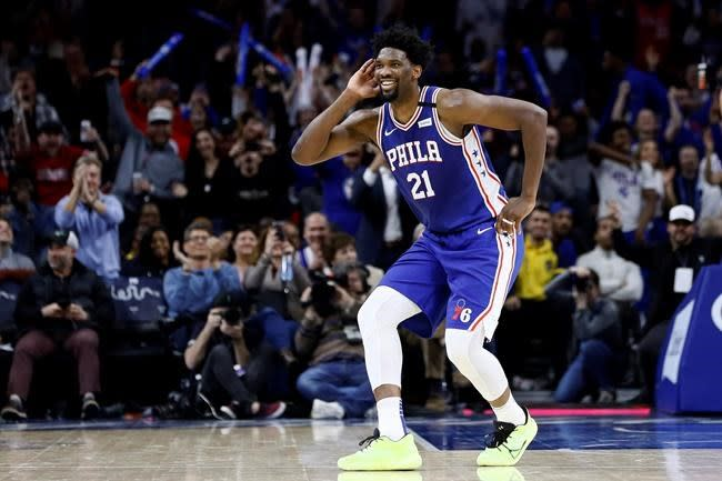 76ers counting on healthy Embiid, Simmons for title push