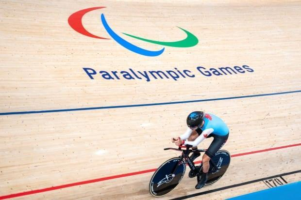 Canada's Keely Shaw won bronze in the women's C4 3,000-metre individual pursuit at the Tokyo Paralympics on Wednesday. (Charly Triballeau/AFP/Getty Images - image credit)