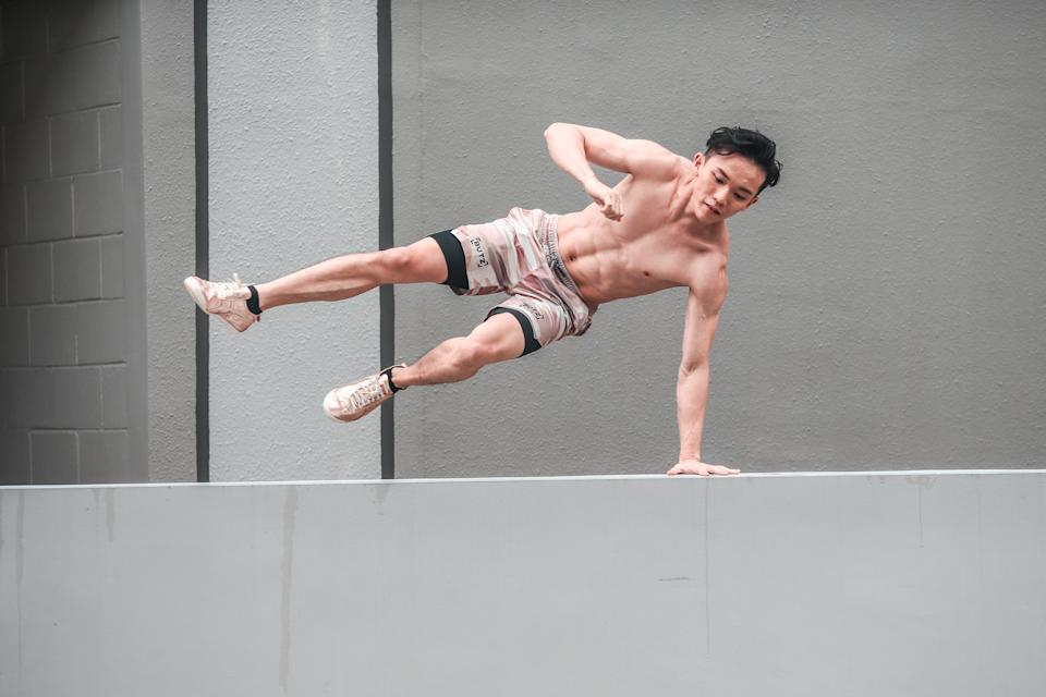 Peps got into martial arts when he was young, and moved on to parkour at around 15 to 16 years old.
