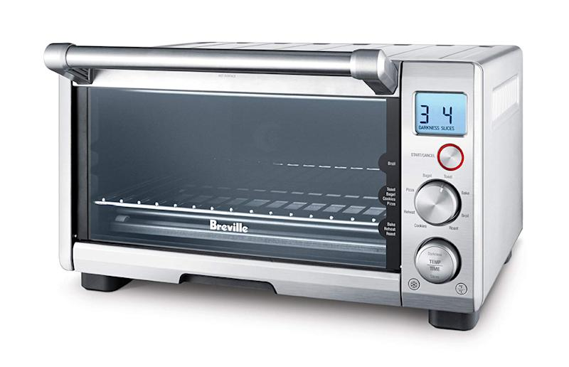 Breville the Compact Smart Oven, Countertop Electric Toaster Oven BOV650XL. (Photo: Amazon)