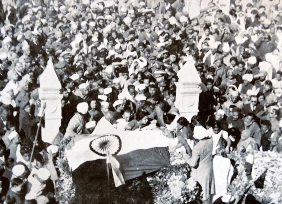 Funeral of Mohandas Karamchand Gandhi after he was assassinated in the garden of Birla House, on 30 January 1948. Gandhi (1869 – 1948), was the preeminent leader of the Indian independence movement in British-ruled India. Employing nonviolent civil disobedience, Gandhi led India to independence and inspired movements for civil rights and freedom across the world. (Photo by: Universal History Archive/Universal Images Group via Getty Images)