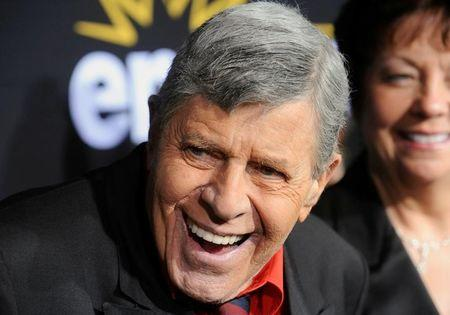 """FILE PHOTO - U.S. comedian Jerry Lewis attends a special screening of the feature-length documentary """"Method to the Madness of Jerry Lewis"""" at Paramount Studios in Los Angeles, California, U.S. on December 7, 2011. REUTERS/Phil McCarten/File Photo"""