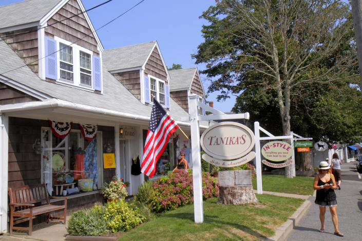 Chatham, Mass shops, stores and businesses. (Getty Images)