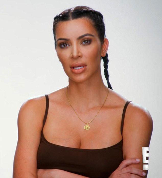 Kardashian wasn't happy when she saw photos of her behind while on vacation. (Photo: E!)