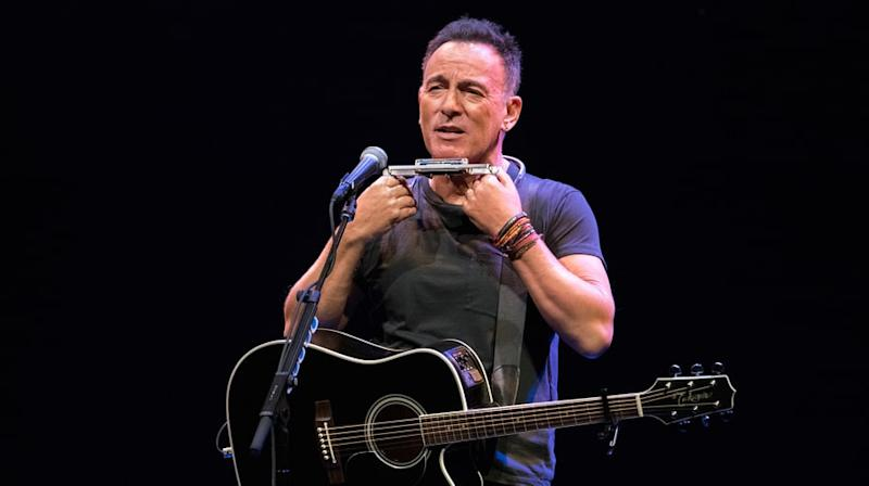 Bruce Springsteen Offers Tickets to Broadway Show in Charity Contest