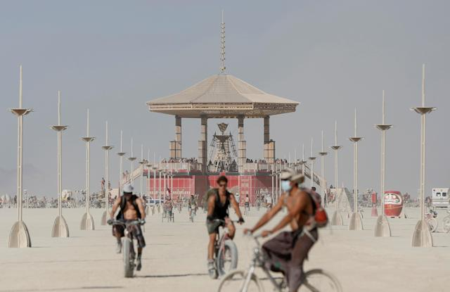 <p>Participants explore the playa as approximately 70,000 people from all over the world gathered for the annual Burning Man arts and music festival in the Black Rock Desert of Nevada, Aug. 28, 2017. (Photo: Jim Urquhart/Reuters) </p>