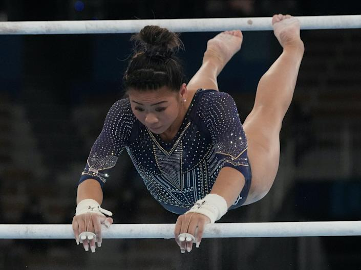 Suni Lee competed in the uneven beams wearing the square-tip nails.