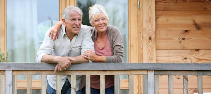 5 Senior Housing Options: Make the Right Choice for Yourself or a Loved One