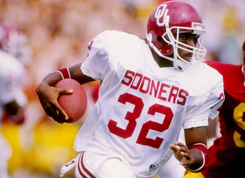 "Mike Gaddis, who rivaled Barry Sanders in one of the great games of the ""Bedlam"" series, is dead at 50. (Getty)"