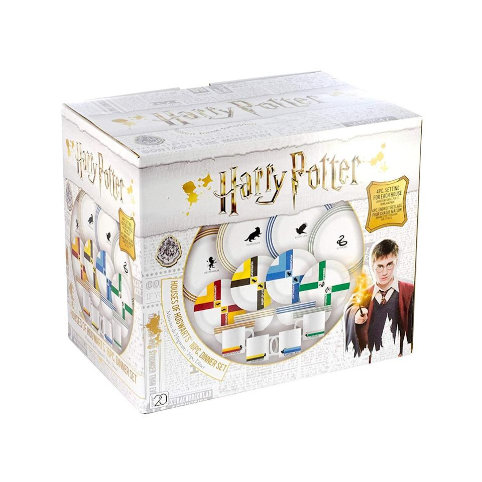 <p>The <span>Harry Potter Hogwarts House Porcelain 16-Piece Dinnerware Set</span> ($83) comes in one handy box.</p>