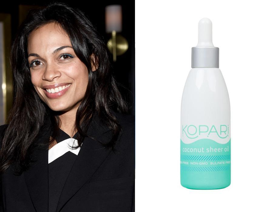 "<p>Actress Rosario Dawson loves <a href=""http://www.koparibeauty.com/products/coconut-sheer-oil?variant=6711076417"" rel=""nofollow noopener"" target=""_blank"" data-ylk=""slk:Kopari Coconut Sheer Oil"" class=""link rapid-noclick-resp"">Kopari Coconut Sheer Oil</a> ($44), which contains non-GMO coconut in a light formula that's ideal for moisturizing your face, removing makeup (including that stubborn mascara), or even temporarily mending split ends. <br></p><p><i>(Photo: Getty Images/Kopari Beauty)</i><br></p>"