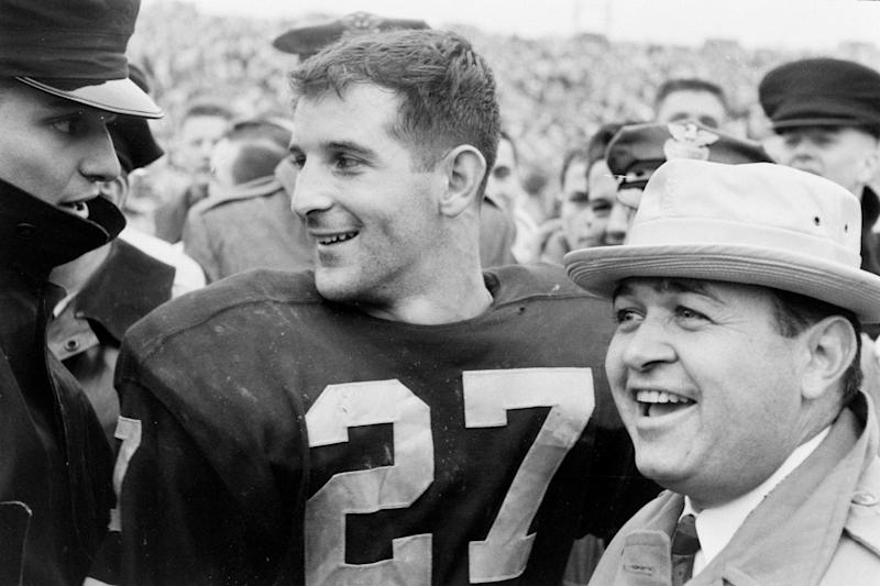 Joe Bellino, Navy's first Heisman victor, dies at 81