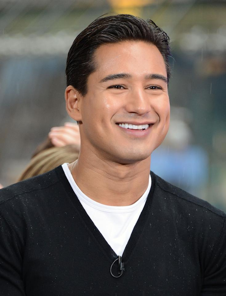 """NEW YORK, NY - MAY 07:  (EXCLUSIVE COVERAGE) """"Extra"""" host Mario Lopez attends an interview with Ricky Martin at the Hard Rock Cafe New York on May 7, 2012 in New York City.  (Photo by Andrew H. Walker/Getty Images)"""
