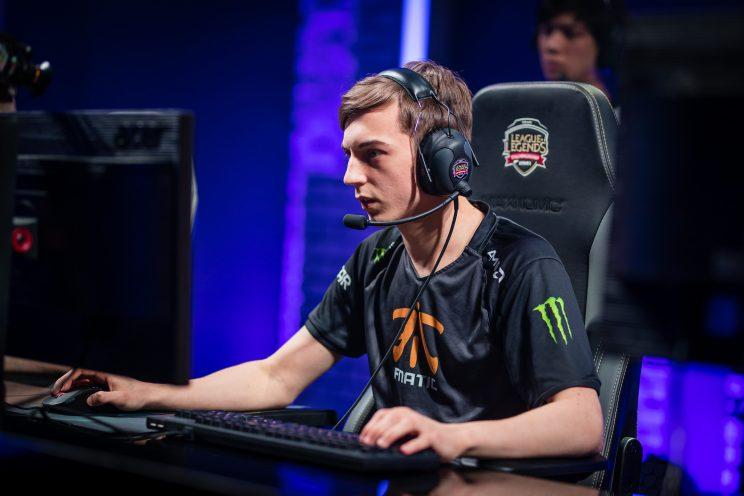 Caps is the mid laner for Fnatic (lolesports)