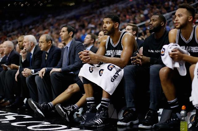 Tim Duncan had 12 points and eight rebounds as the San Antonio Spurs clinched their 19th straight playoff berth with a 97-81 win over the Detroit Pistons (AFP Photo/Christian Petersen)