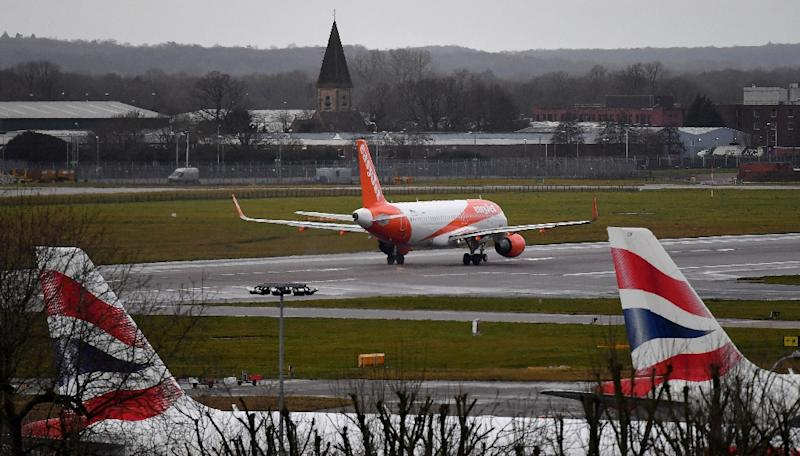 Gatwick operates the world's busiest runway (AFP Photo/Ben STANSALL)