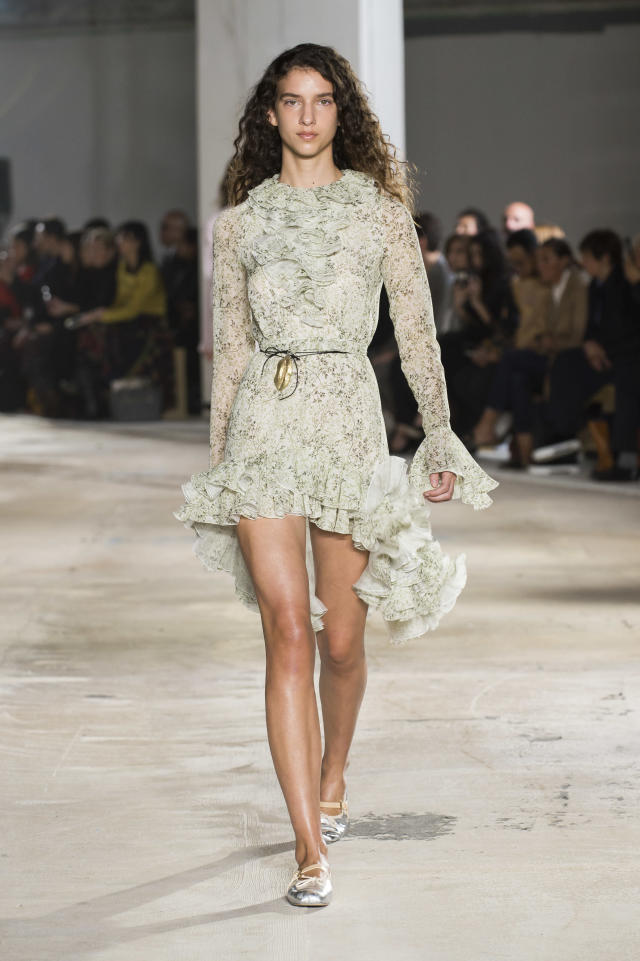 <p><i>Mint green lace ruffled mini dress from the SS18 Giambattista Valli collection. (Photo: ImaxTree) </i></p>
