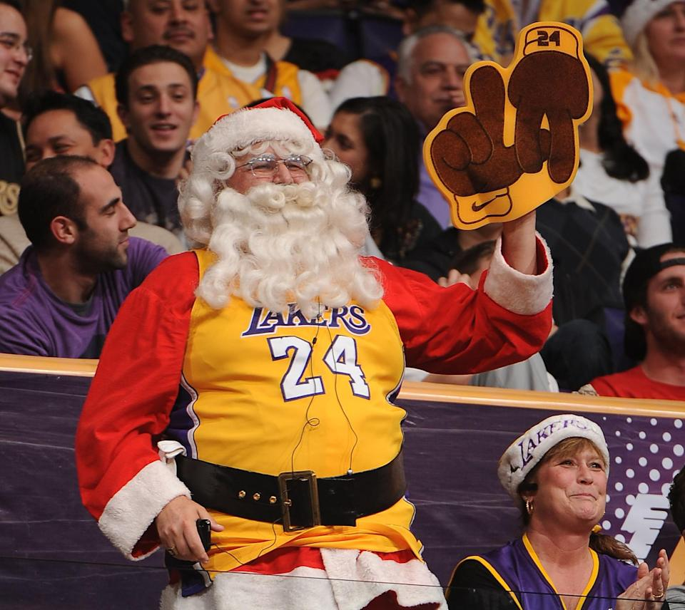 Everyone in L.A.'s a Kobe guy. Even Kris Kringle. (Getty Images)