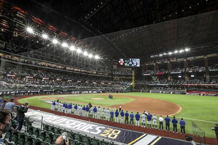 Arlington, Texas, Friday, October 23, 2020 The Dodgers and the Rays in game three of the World Series at Globe Life Field. (Robert Gauthier/ Los Angeles Times)