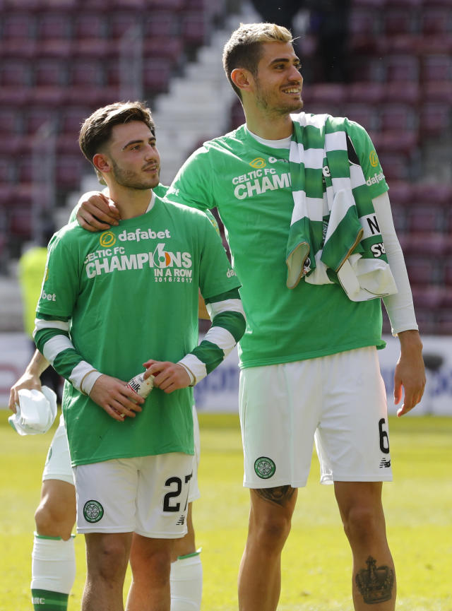 Britain Football Soccer - Heart of Midlothian v Celtic - Scottish Premiership - Tynecastle - 2/4/17 Celtic's Patrick Roberts and Nir Bitton celebrate winning the Scottish Premiership Reuters / Russell Cheyne Livepic