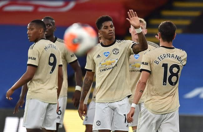 Rashford, Martial lead Man United to 2-0 win at Palace