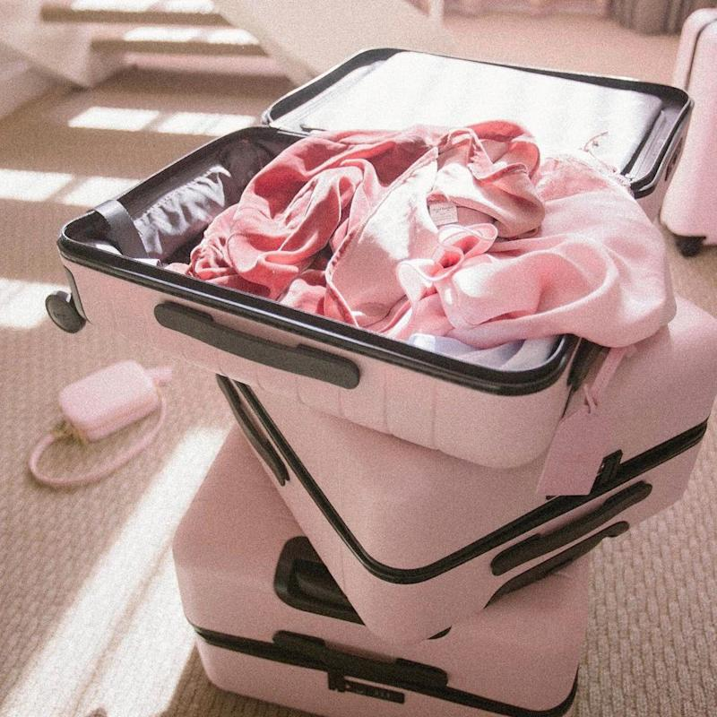 """As Soon as You See This Baby-Pink Suitcase, You'll Say, """"OMG I NEED This"""""""